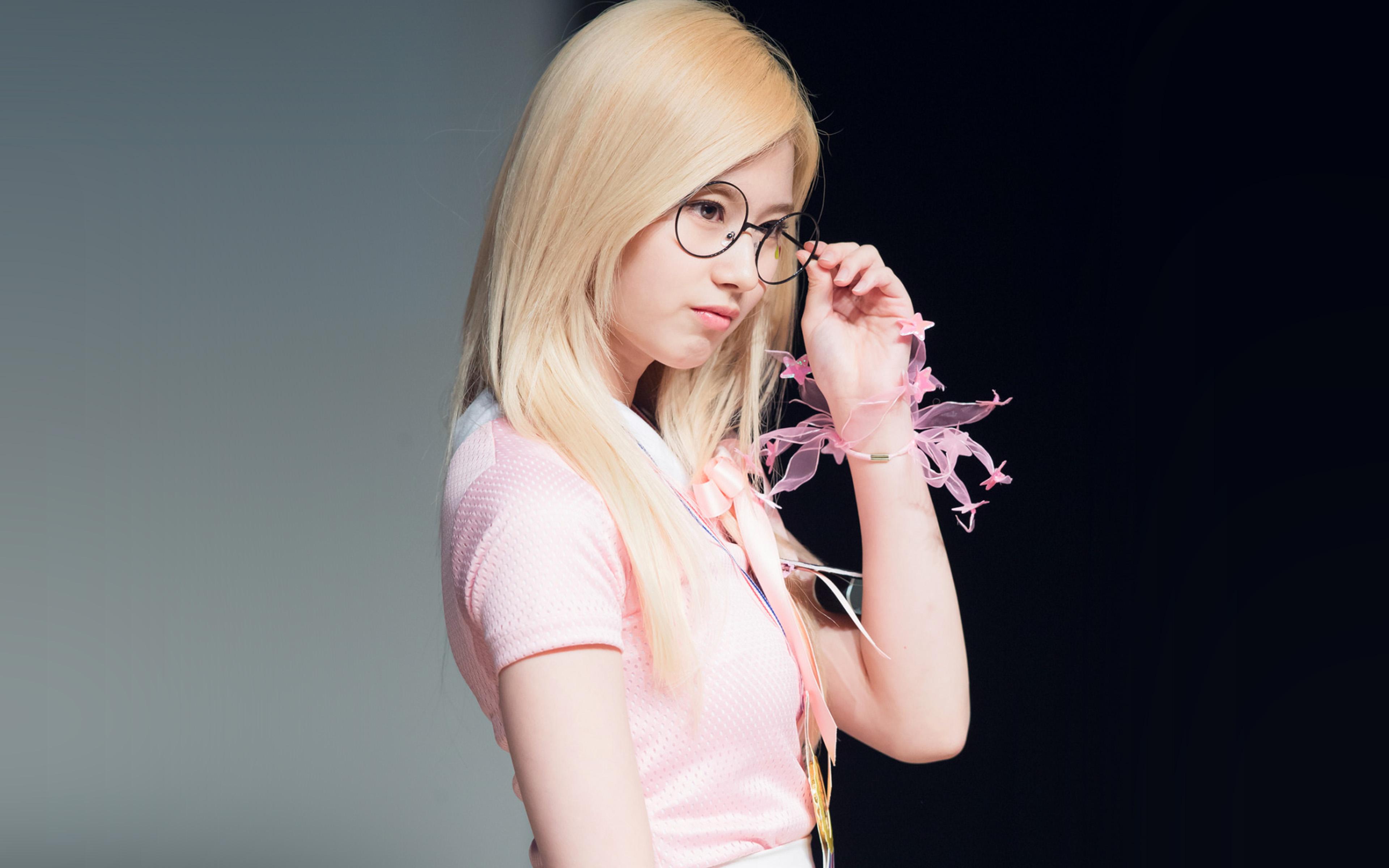 Papers Co Desktop Wallpaper Hl05 Sana Kpop Girl Cute