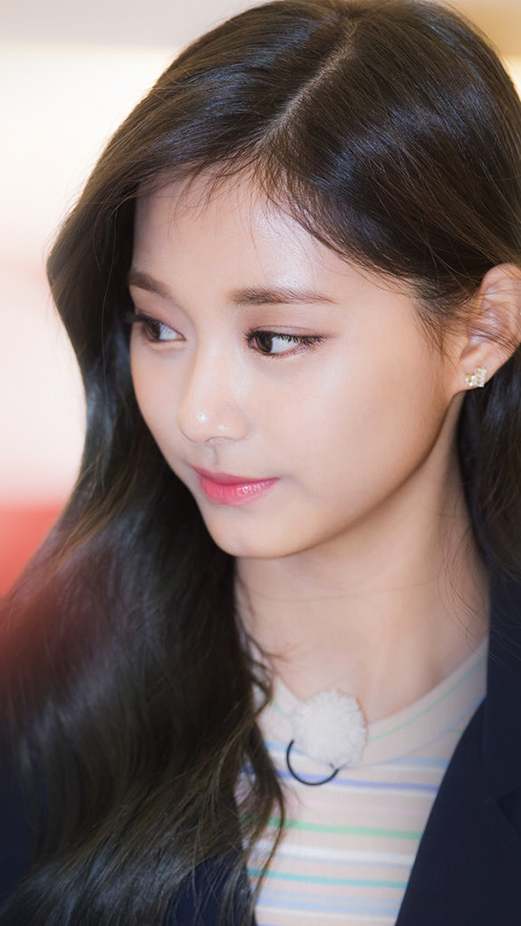 iPhone6papers.co-Apple-iPhone-6-iphone6-plus-wallpaper-hl08-kpop-tzuyu-twice-girl-cute