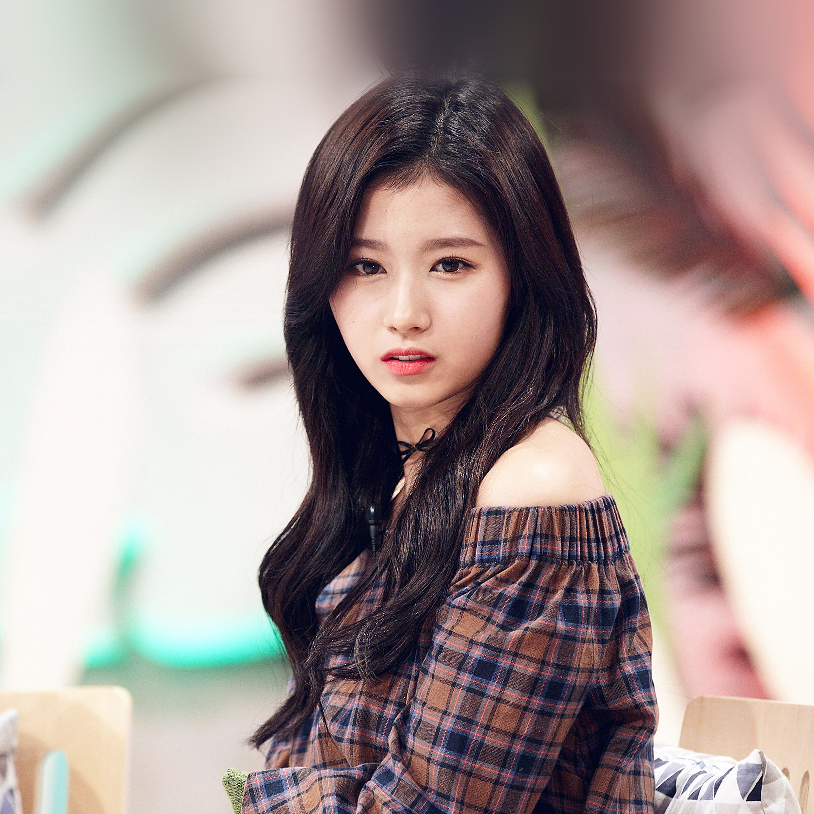 Sweet Girls Wallpaper: Hl09-sana-kpop-cute-girl-celebrity-wallpaper