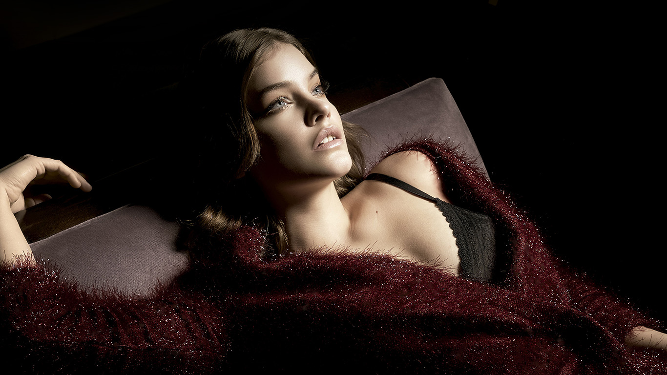 desktop-wallpaper-laptop-mac-macbook-air-hl19-barbara-palvin-dark-model-wallpaper