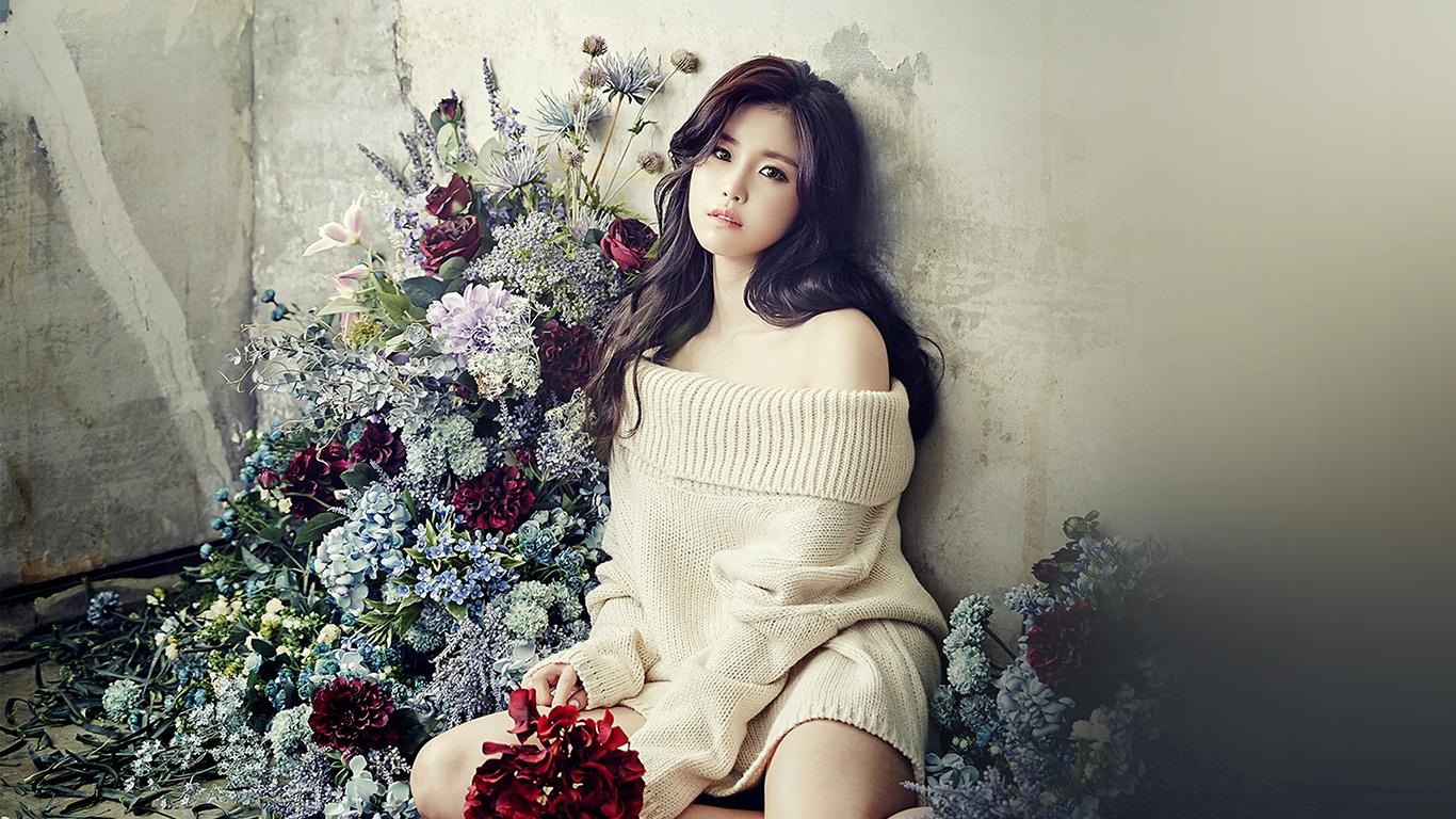 desktop-wallpaper-laptop-mac-macbook-air-hl29-flower-girl-hyosung-girl-kpop-celebrity-wallpaper