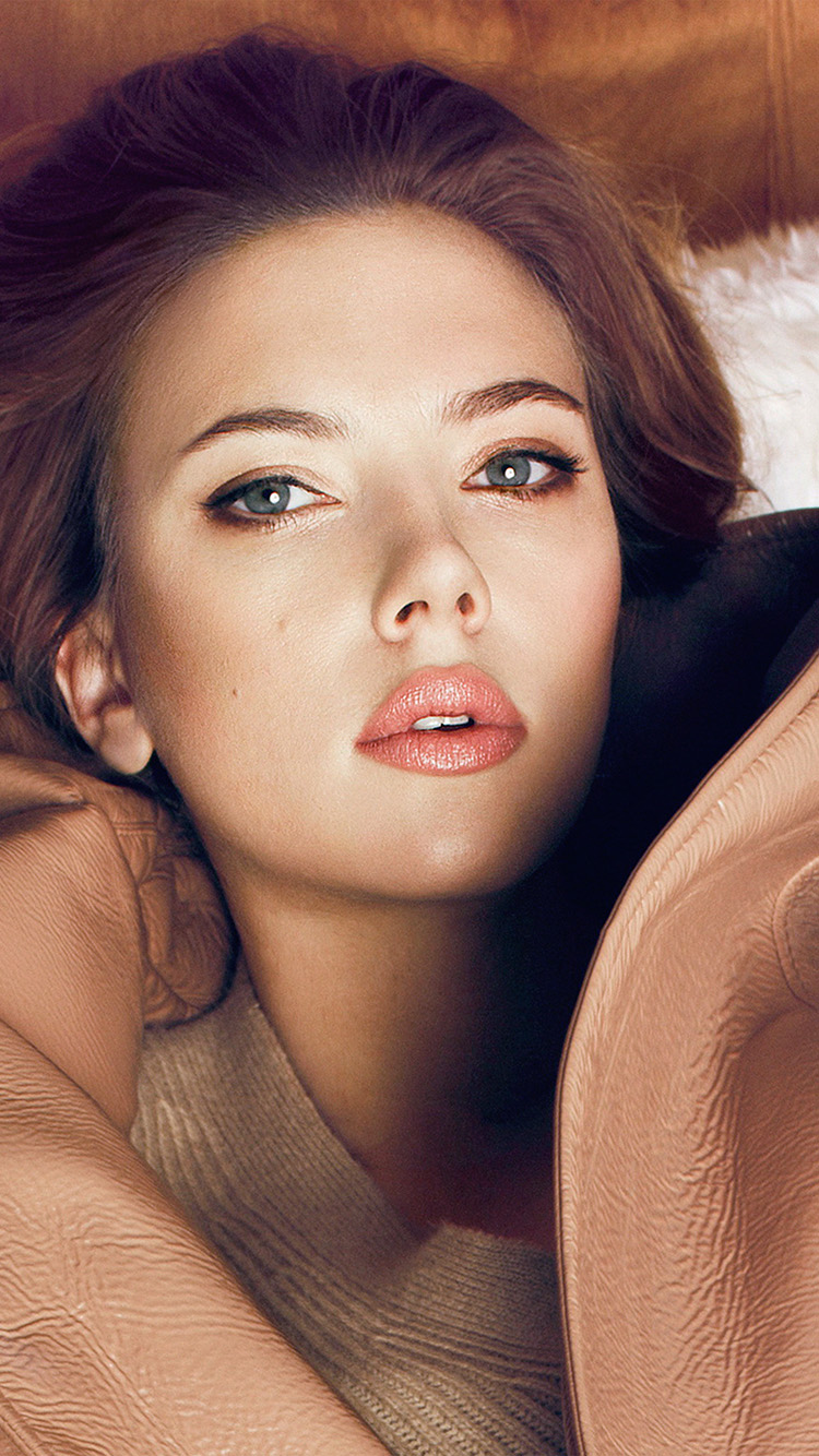 iPhone6papers.co-Apple-iPhone-6-iphone6-plus-wallpaper-hl33-scarlett-johansson-fall-celebrity-actress