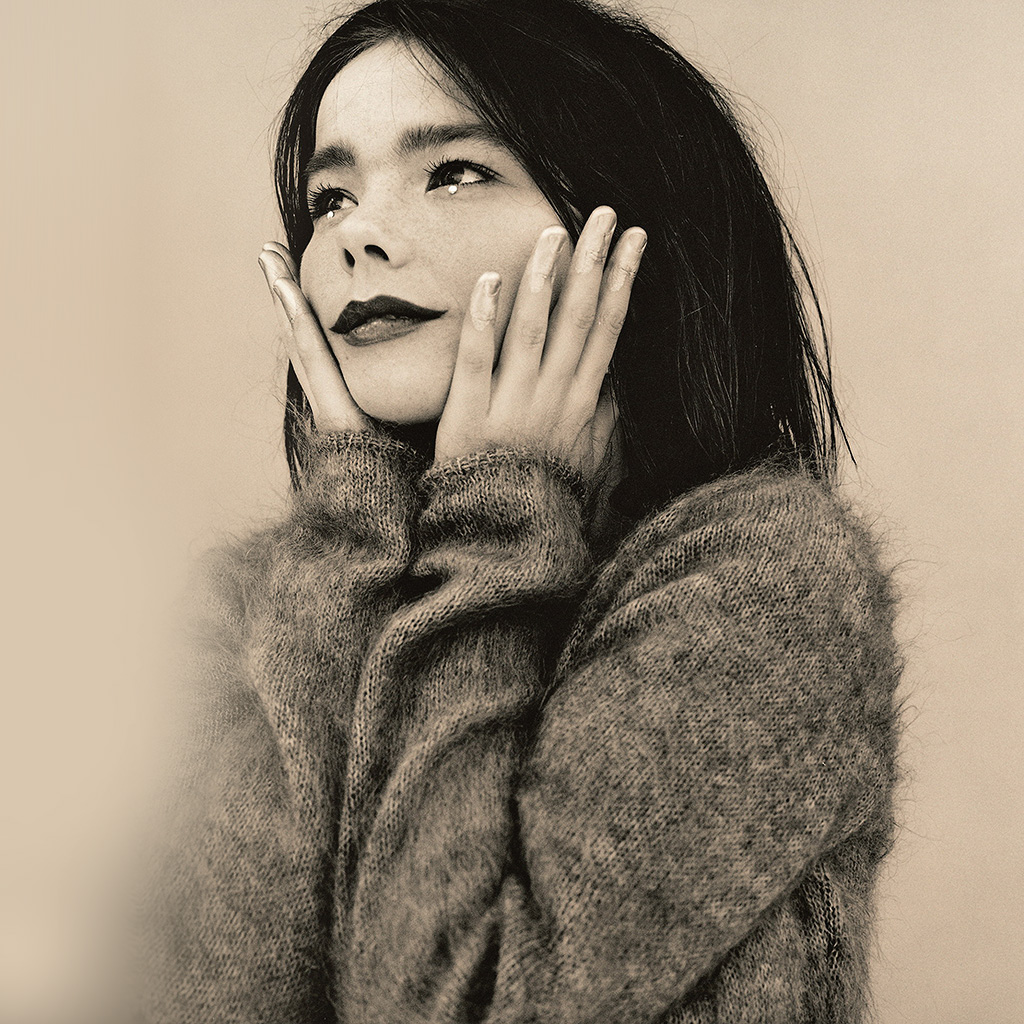 wallpaper-hl36-bjork-artist-celebrity-music-wallpaper