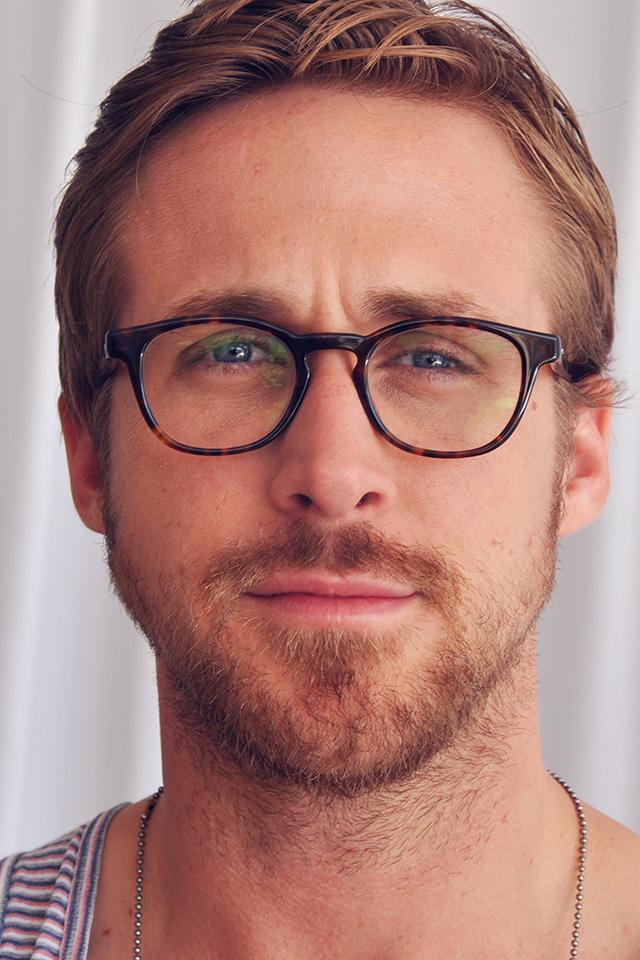 FreeiOS7.com   iPhone wallpaper   hl39-ryan-gosling-actor ... Daily Paper
