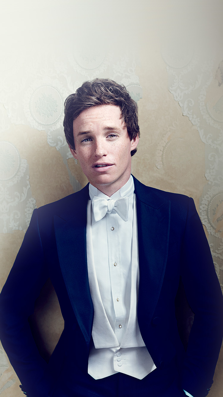 iPhone7papers.com-Apple-iPhone7-iphone7plus-wallpaper-hl56-eddie-redmayne-actor-celebrity-dress