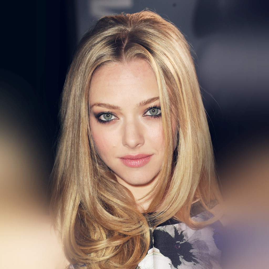 android-wallpaper-hl91-amanda-seyfried-hollywood-celebrity-wallpaper
