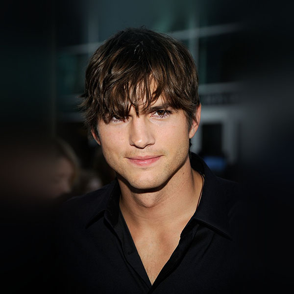 iPapers.co-Apple-iPhone-iPad-Macbook-iMac-wallpaper-hm00-ashton-kutcher-handsome-hollywood-actor-film-celebrity-wallpaper