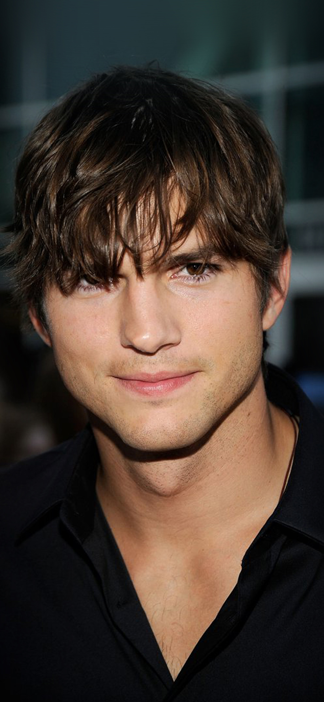 iPhoneXpapers.com-Apple-iPhone-wallpaper-hm00-ashton-kutcher-handsome-hollywood-actor-film-celebrity