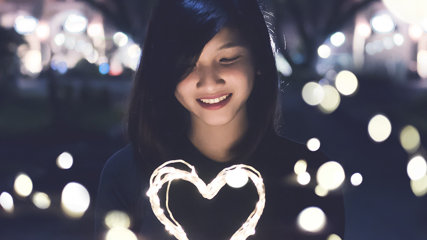 desktop-wallpaper-laptop-mac-macbook-air-hm03-love-girl-light-dark-night-bokeh-wallpaper