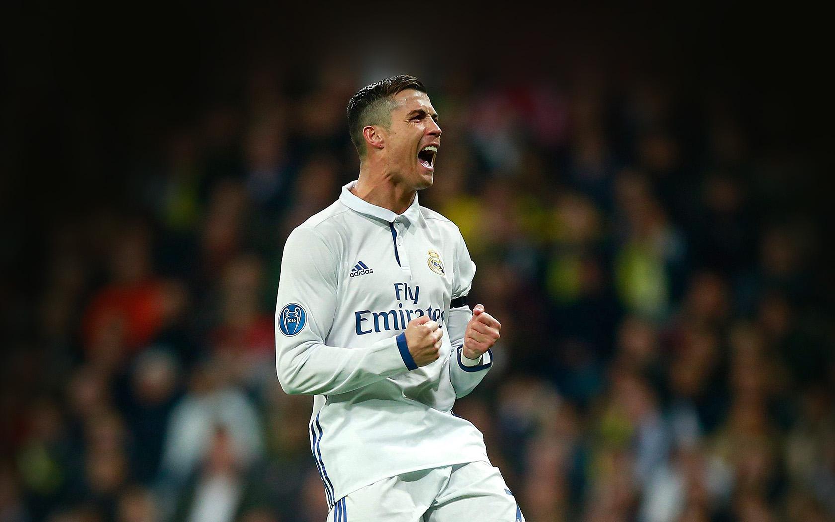 Hm22-c-ronaldo-soccer-real-madrid-sports-wallpaper