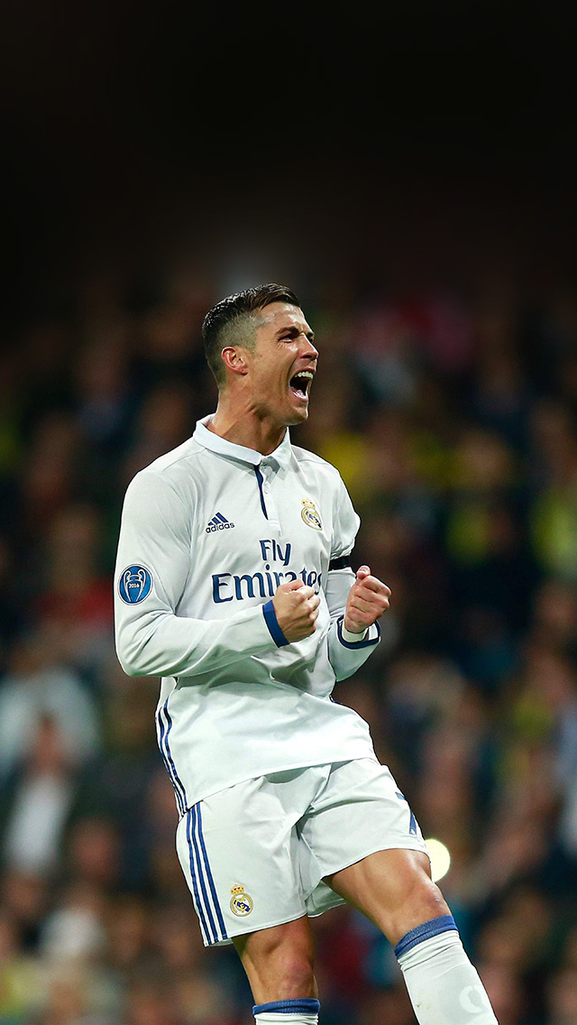 hm22-c-ronaldo-soccer-real-madrid-sports-wallpaper