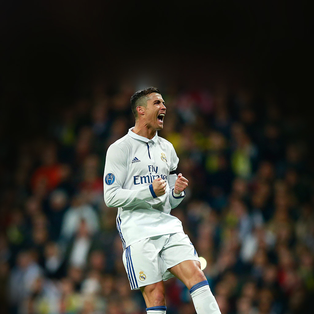 wallpaper-hm22-c-ronaldo-soccer-real-madrid-sports-wallpaper
