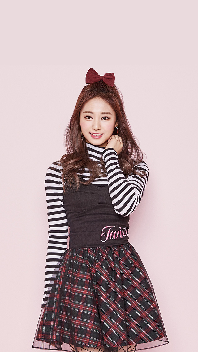 freeios8.com-iphone-4-5-6-plus-ipad-ios8-hm34-twice-kpop-tzuyu-pink-cute