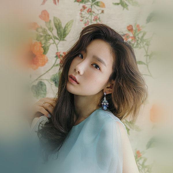 iPapers.co-Apple-iPhone-iPad-Macbook-iMac-wallpaper-hm37-kpop-snsd-taeyeon-flower-girl-wallpaper