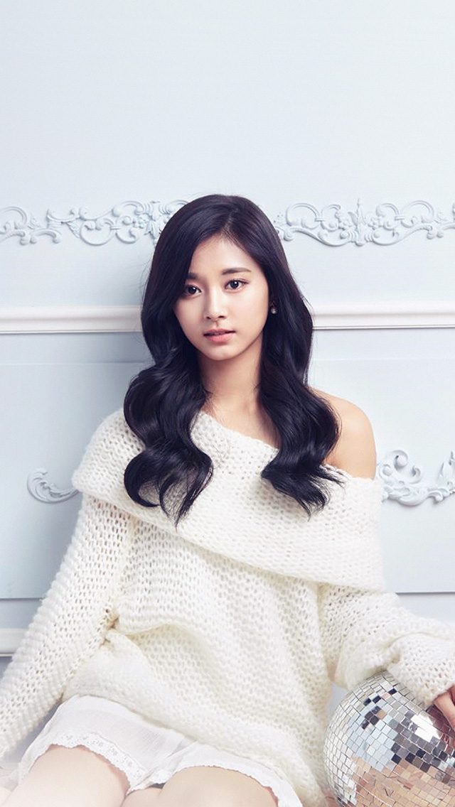 freeios8.com-iphone-4-5-6-plus-ipad-ios8-hm44-girl-tzuyu-twice-kpop-girl