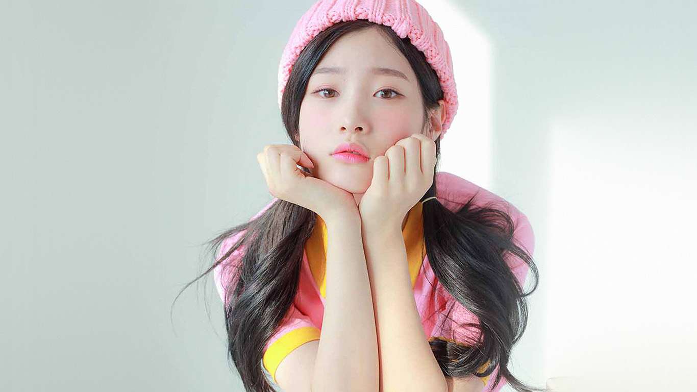desktop-wallpaper-laptop-mac-macbook-air-hm45-ioi-chaeyeon-girl-pink-white-asian-wallpaper