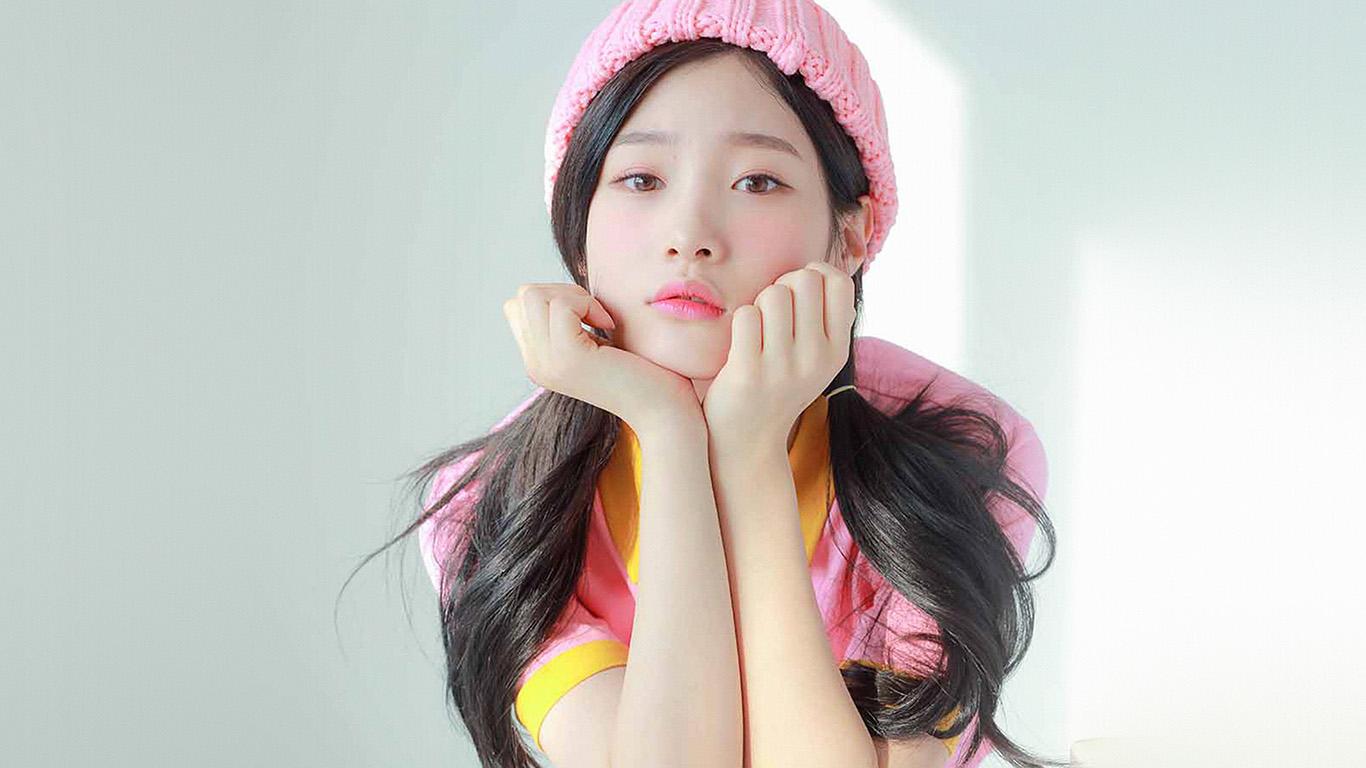 desktop-wallpaper-laptop-mac-macbook-air-hm45-ioi-chaeyeon-girl-pink-white-asian-wallpaper