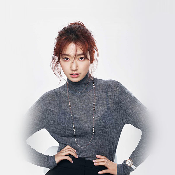 iPapers.co-Apple-iPhone-iPad-Macbook-iMac-wallpaper-hm69-kpop-girl-pose-photoshoot-park-shinhye-wallpaper