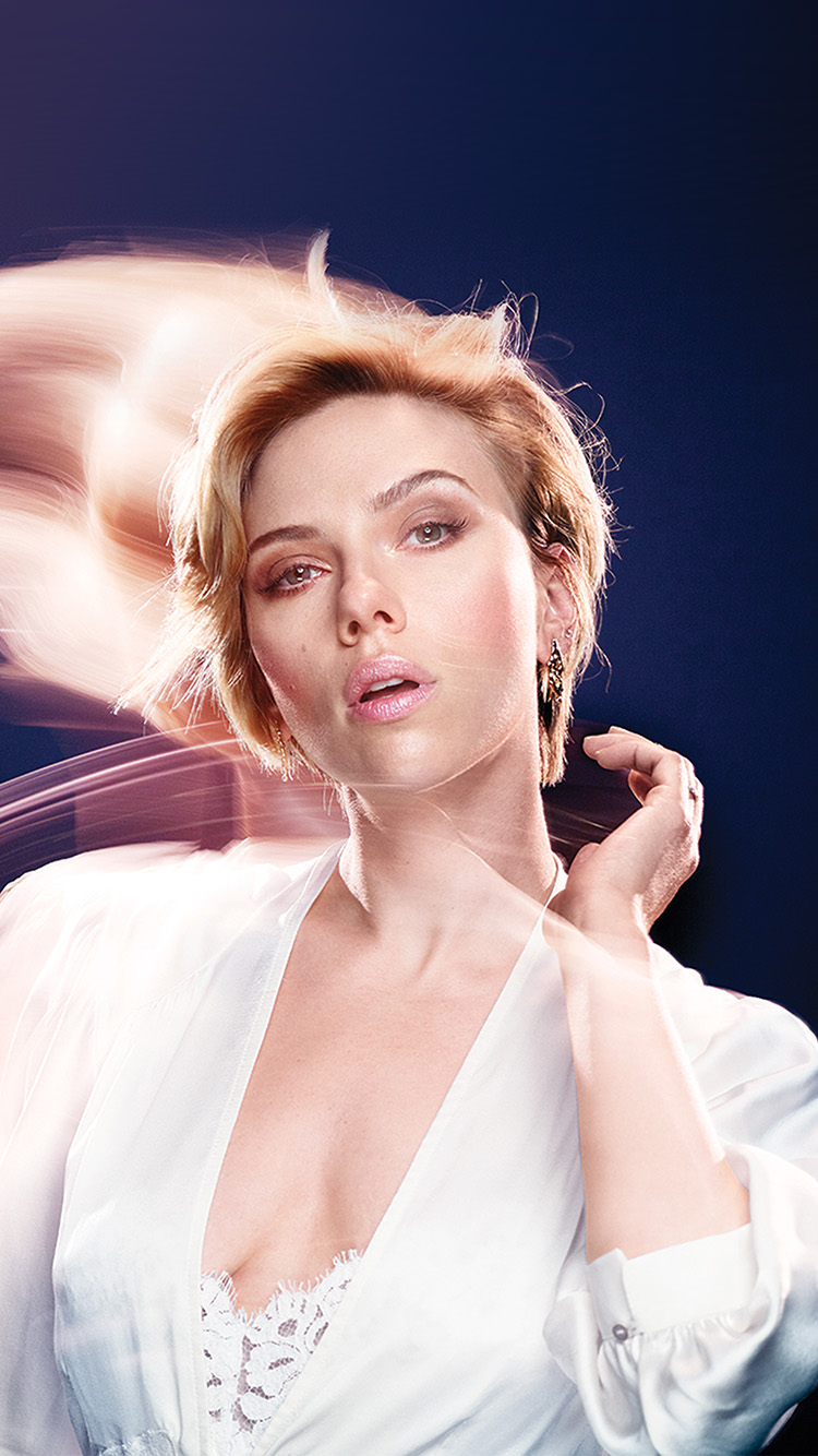 iPhone7papers.com-Apple-iPhone7-iphone7plus-wallpaper-hm90-scarlett-johanson-blue-girl-actress-celebrity