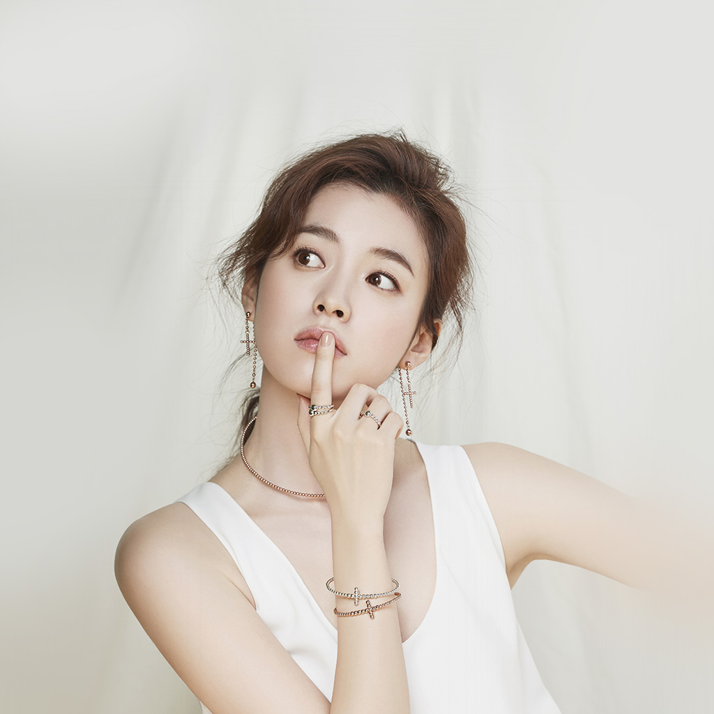 android-wallpaper-hm96-girl-kpop-hyojoo-white-wallpaper