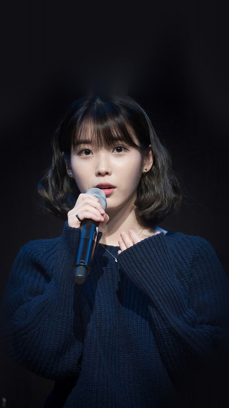 iPhone7papers.com-Apple-iPhone7-iphone7plus-wallpaper-hn38-iu-jieun-kpop-girl-dark-cute