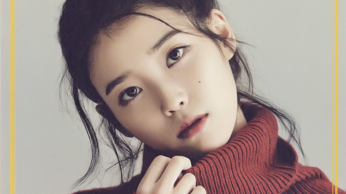 desktop-wallpaper-laptop-mac-macbook-air-hn83-iu-kpop-girl-singer-artist-cute-wallpaper