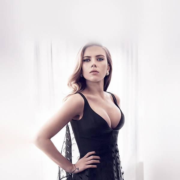 iPapers.co-Apple-iPhone-iPad-Macbook-iMac-wallpaper-ho52-scarlett-johansson-girl-film-sexy-hero-wallpaper
