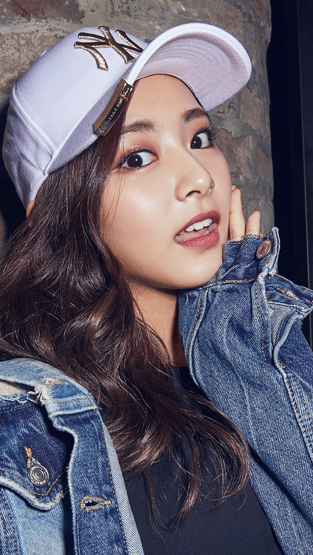 freeios8.com-iphone-4-5-6-plus-ipad-ios8-ho79-twice-girl-tzuyu-cute