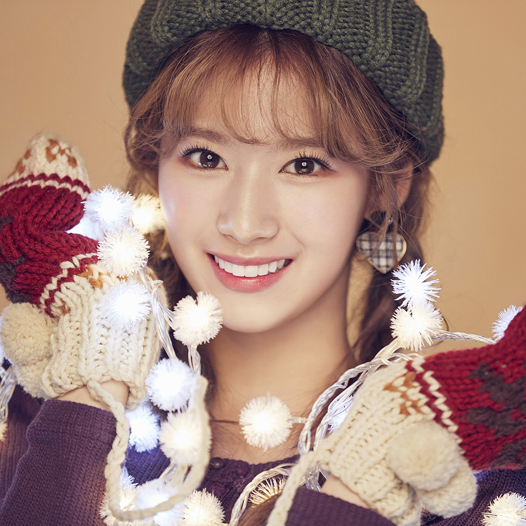 wallpaper-ho97-kpop-twice-sana-girl-asian-wallpaper