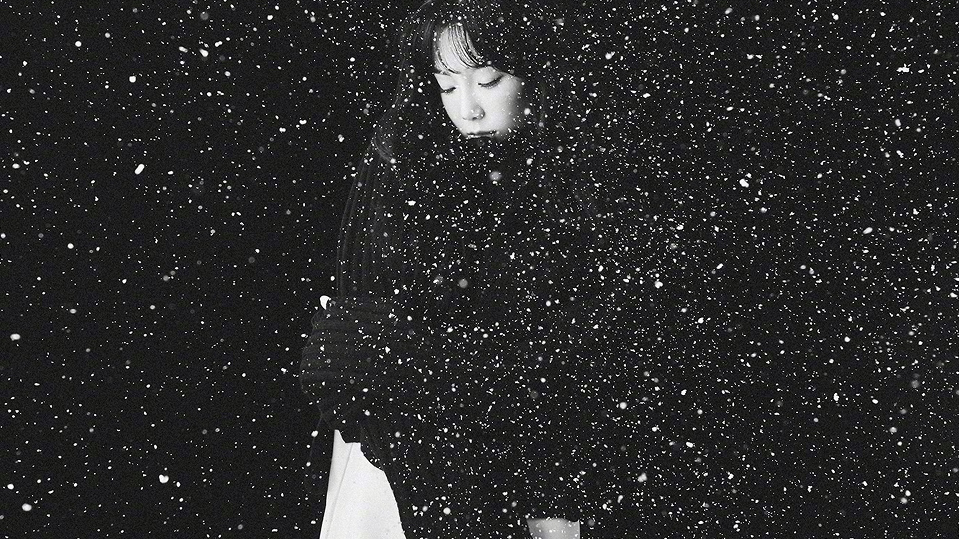 Ho98 Snow Girl Snsd Taeyeon Black Bw Kpop Wallpaper