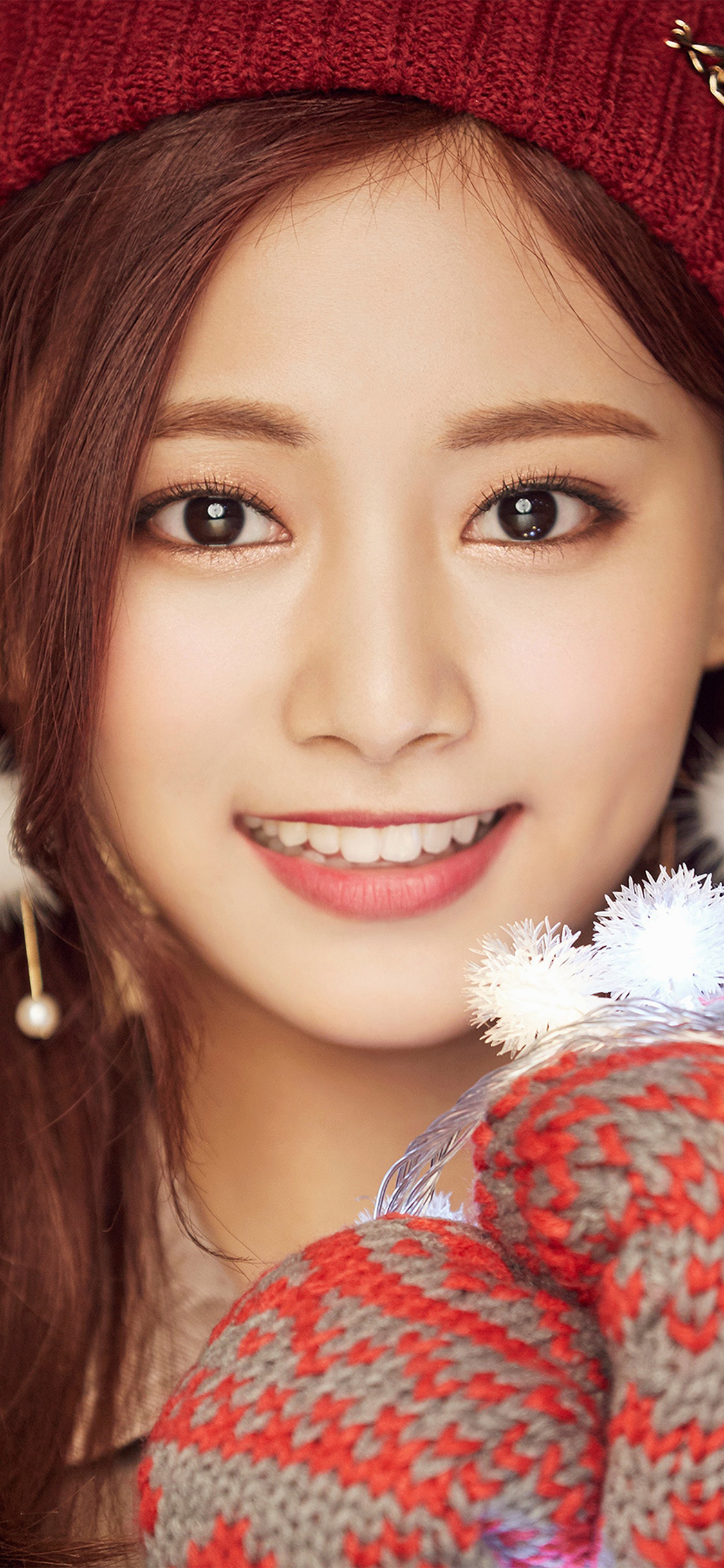 iPhonexpapers.com-Apple-iPhone-wallpaper-ho99-christmas-girl-twice-tzuyu-happy
