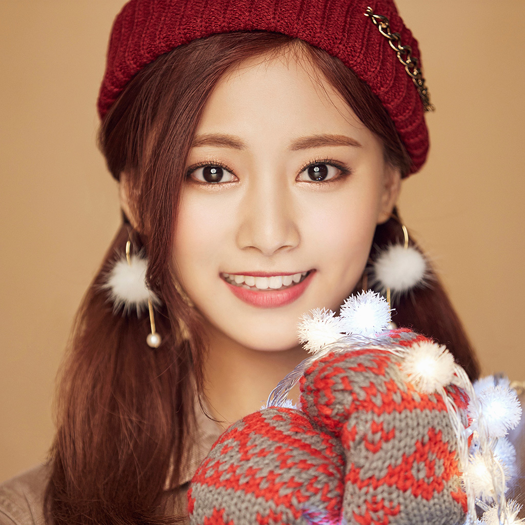 wallpaper-ho99-christmas-girl-twice-tzuyu-happy-wallpaper