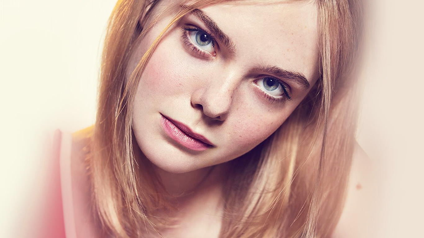 desktop-wallpaper-laptop-mac-macbook-air-hp07-elle-fanning-girl-celebrity-wallpaper
