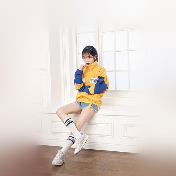 iPapers.co-Apple-iPhone-iPad-Macbook-iMac-wallpaper-hp35-iu-korean-singer-girl-kpop-wallpaper