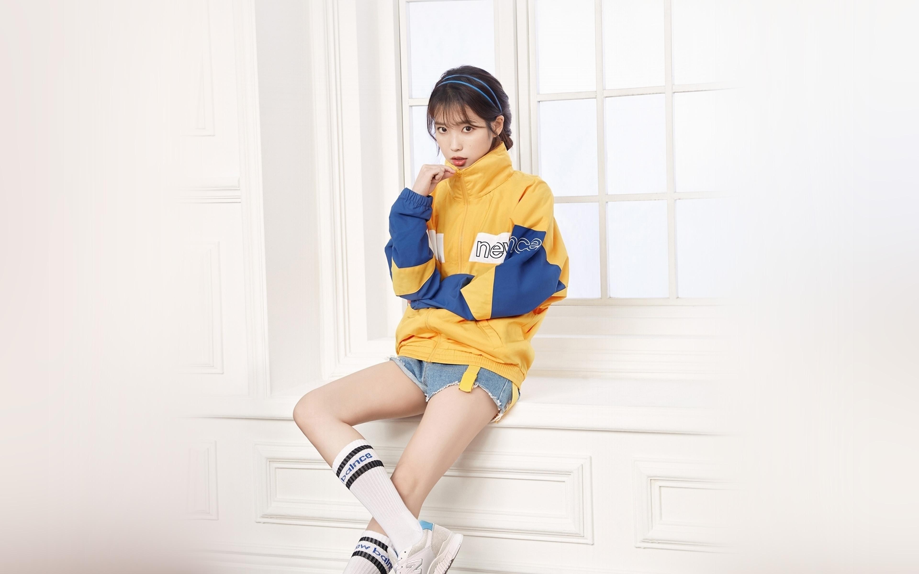 Hp35 Iu Korean Singer Girl Kpop Wallpaper