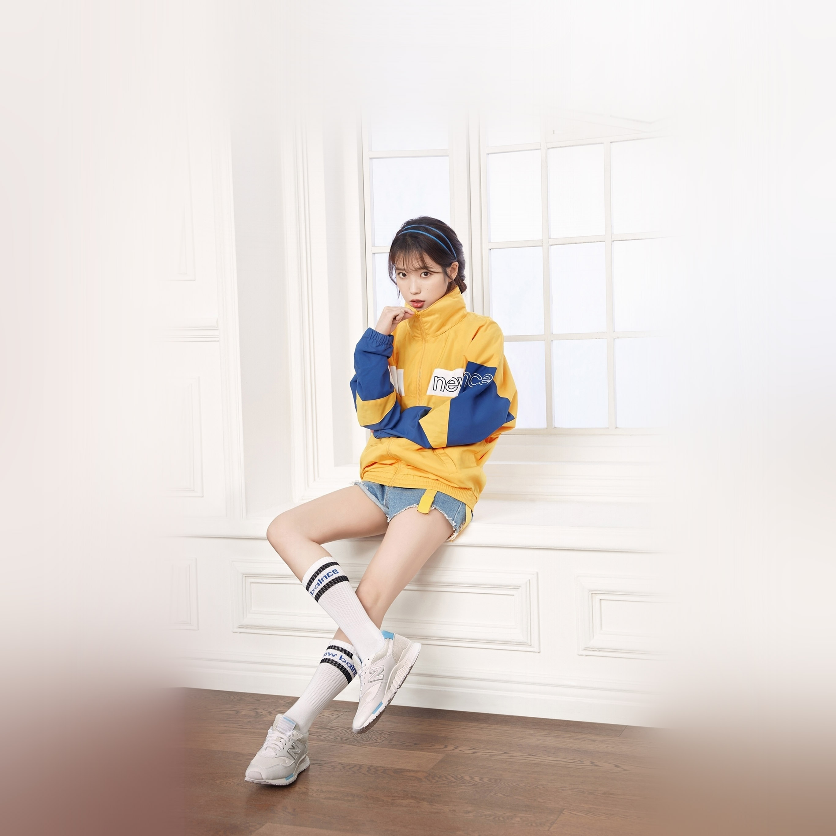 Hp35 Iu Korean Singer Girl Kpop Wallpaper