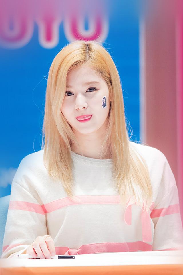 Freeios7 Com Iphone Wallpaper Hp73 Sana Twice Girl Kpop Group Cute