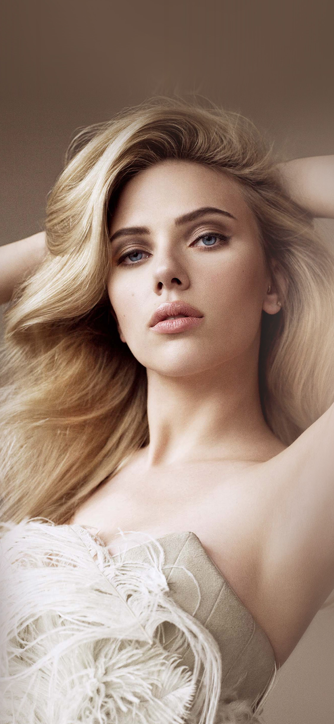 iPhonexpapers.com-Apple-iPhone-wallpaper-hq21-girl-scarlett-johanson-film-dress-hero