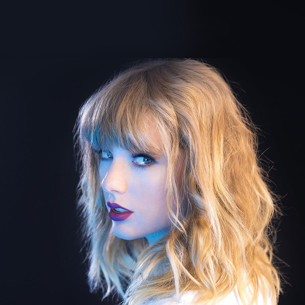 wallpaper-hq22-taylor-swift-blue-sexy-singer-wallpaper