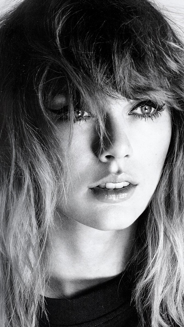 freeios8.com-iphone-4-5-6-plus-ipad-ios8-hq42-taylor-swift-girl-bw-dark-music-face