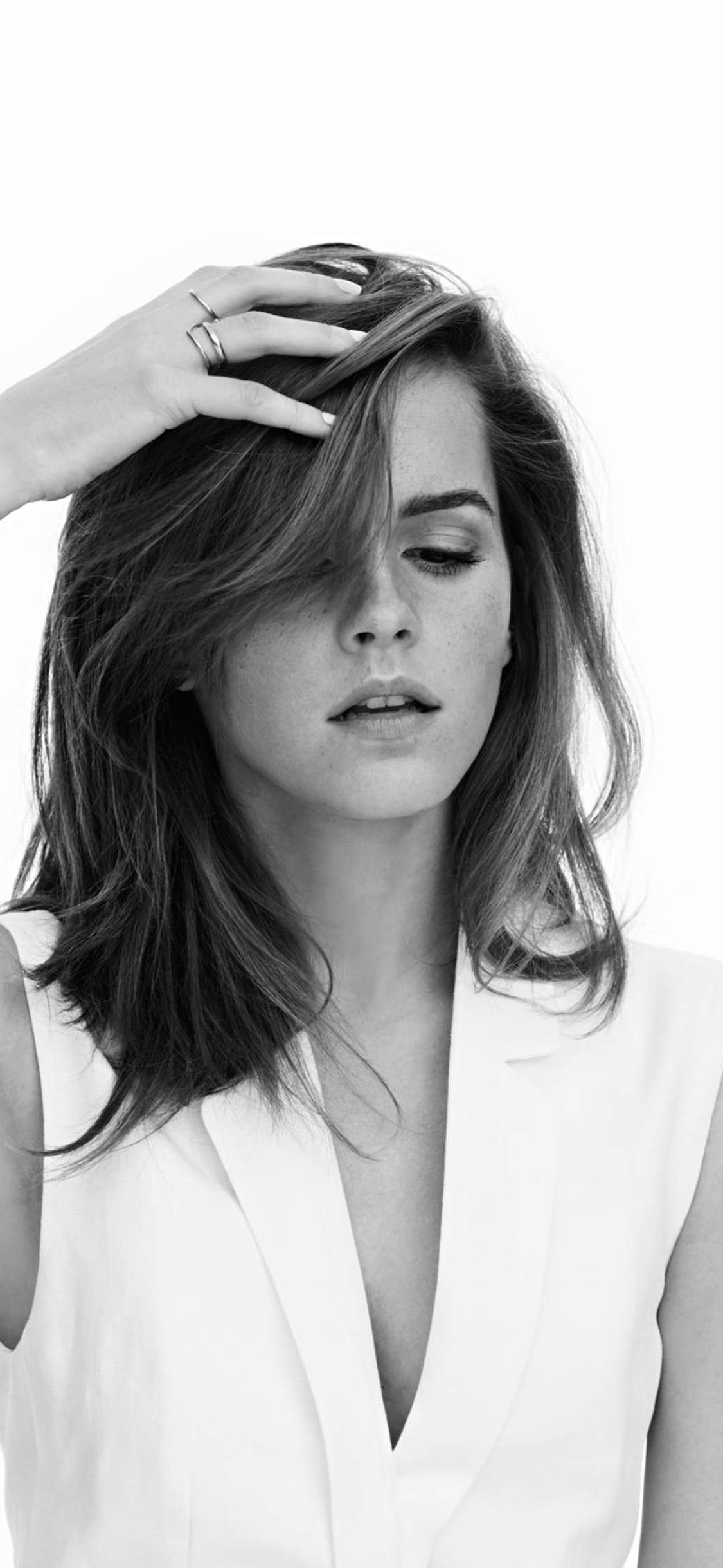 iPhonexpapers.com-Apple-iPhone-wallpaper-hq65-emma-watson-bw-film-actress-girl