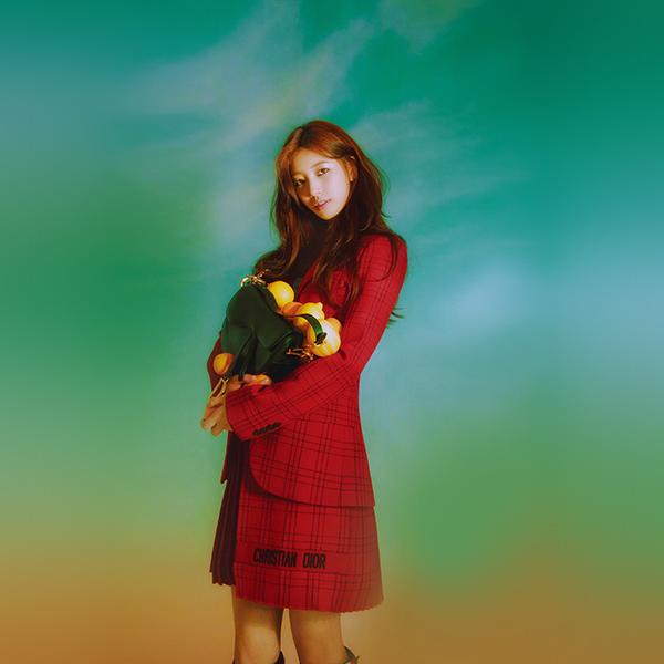 iPapers.co-Apple-iPhone-iPad-Macbook-iMac-wallpaper-hq97-girl-kpop-suji-flower-green-wallpaper