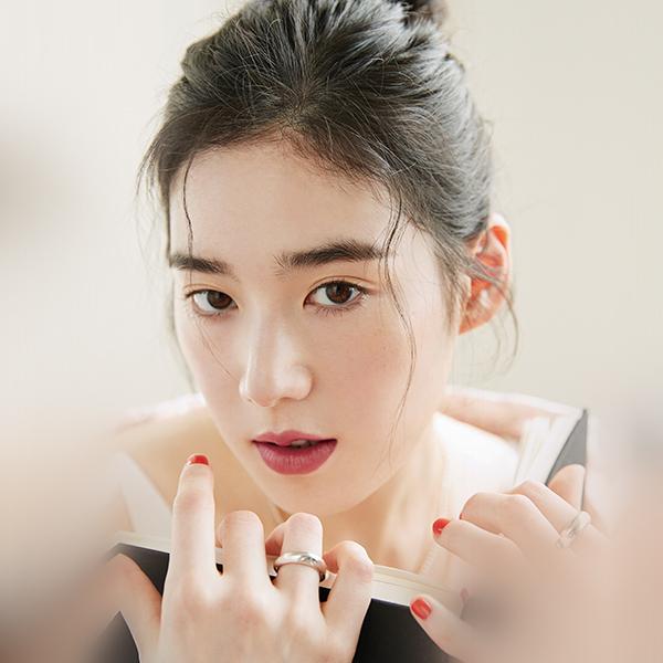 iPapers.co-Apple-iPhone-iPad-Macbook-iMac-wallpaper-hr02-girl-kpop-asian-beauty-woman-wallpaper