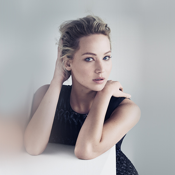 iPapers.co-Apple-iPhone-iPad-Macbook-iMac-wallpaper-hr07-jennifer-lawrence-girl-film-actress-dress-wallpaper