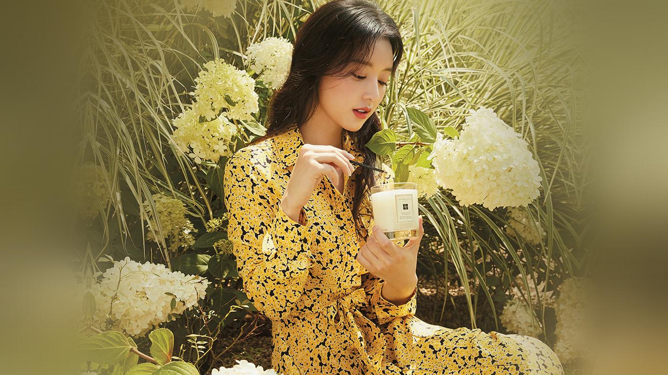 desktop-wallpaper-laptop-mac-macbook-air-hr16-kpop-girl-yellow-spring-flower-jiwon-wallpaper