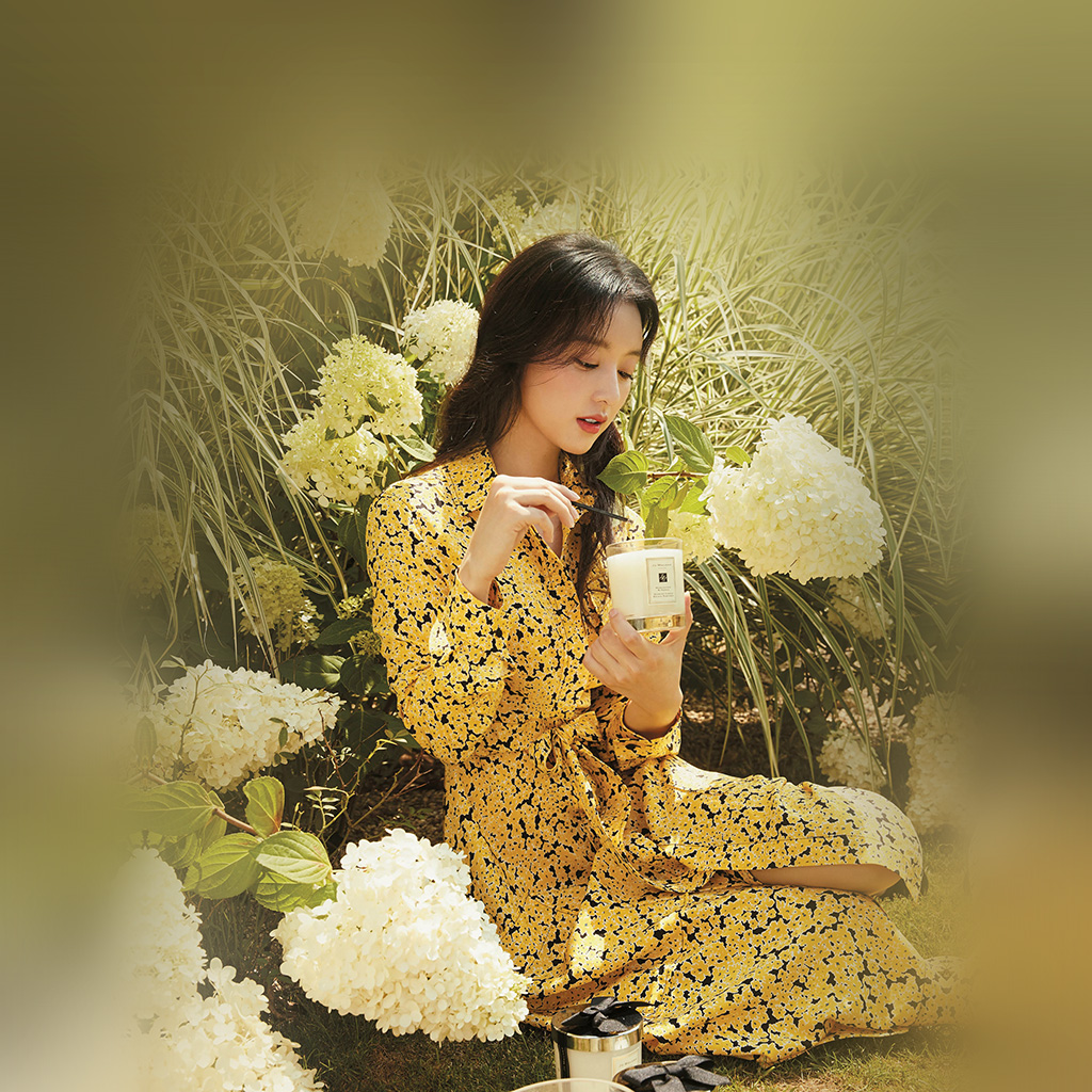 wallpaper-hr16-kpop-girl-yellow-spring-flower-jiwon-wallpaper
