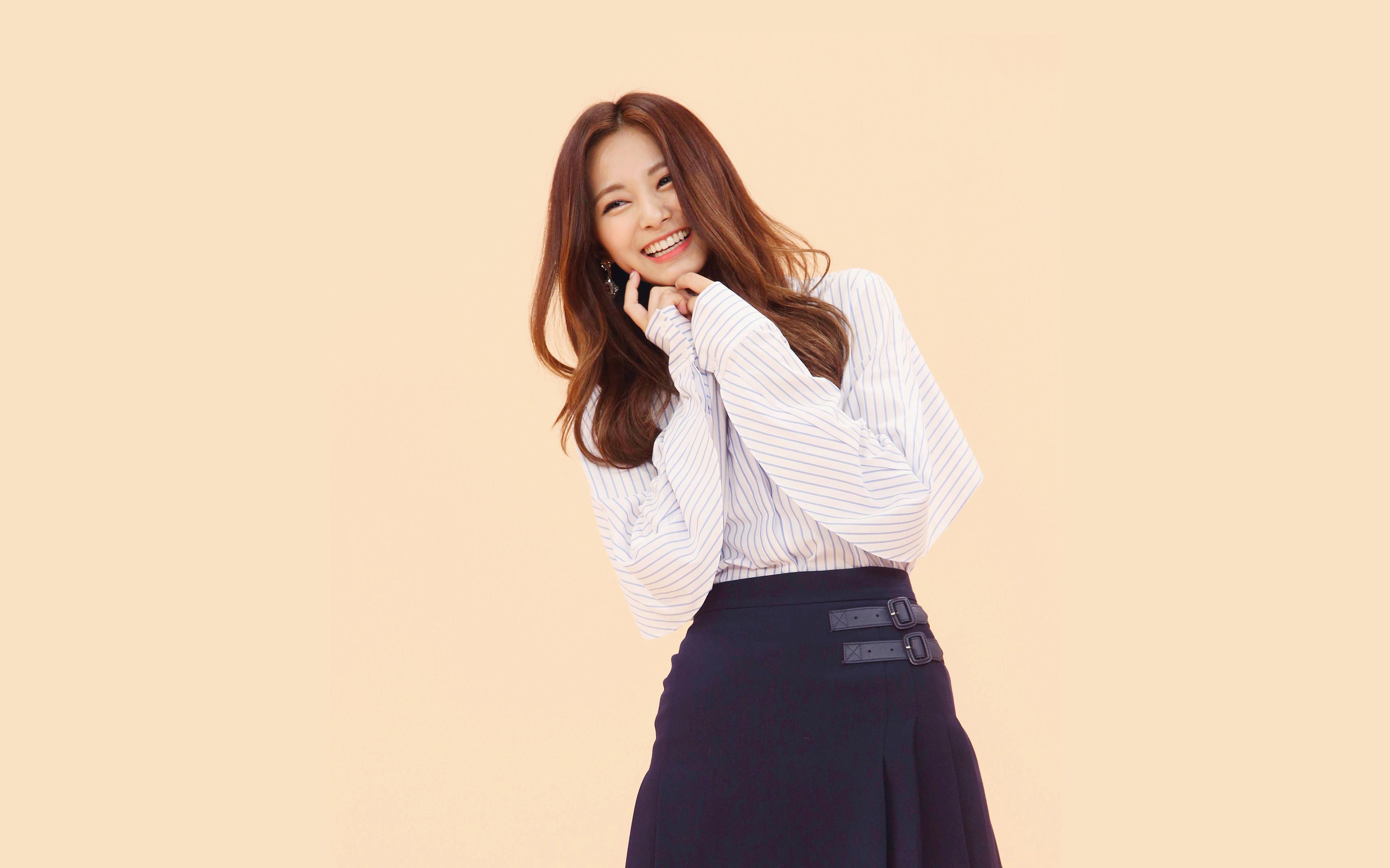 Hr20 Kpop Tzuyu Smile Girl Asian Wallpaper