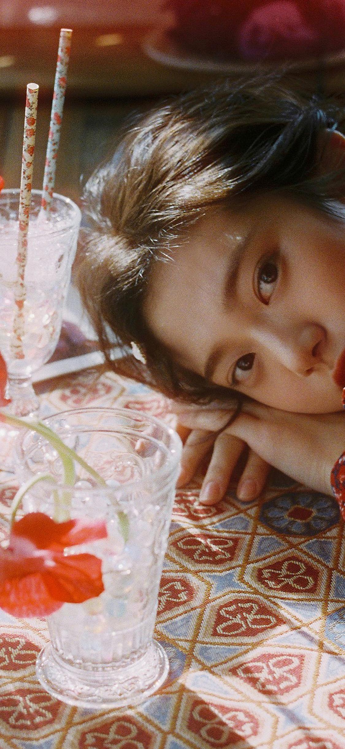 iPhonexpapers.com-Apple-iPhone-wallpaper-hr21-flower-red-girl-asian-kpop-dress-summer