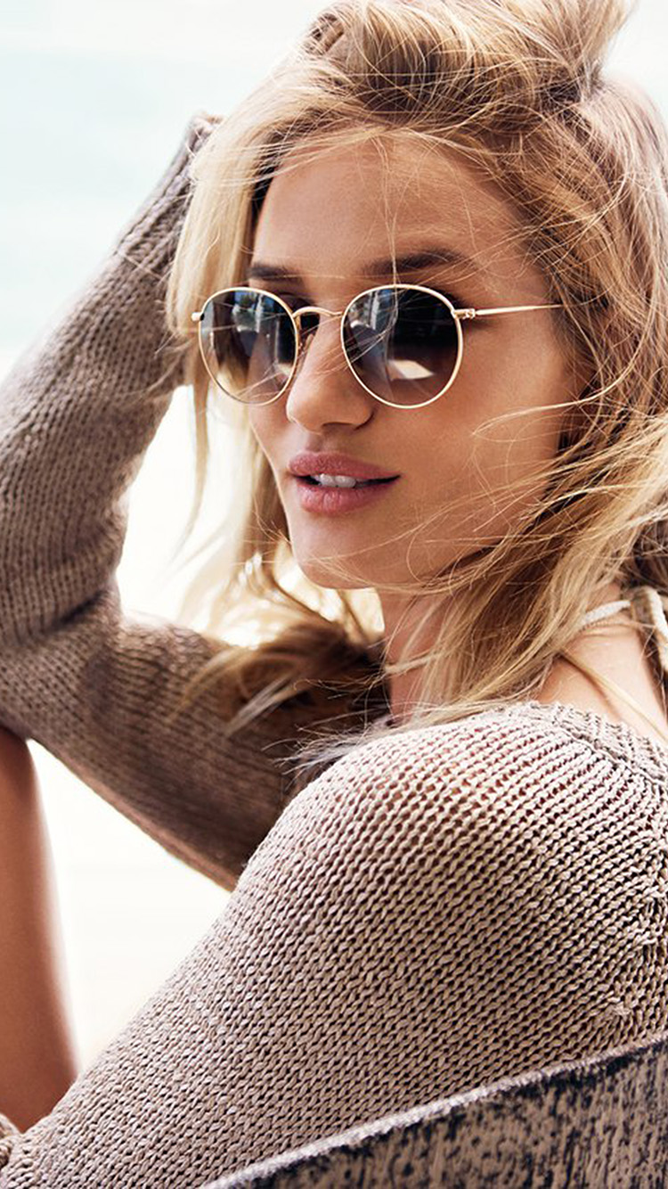iPhone7papers.com-Apple-iPhone7-iphone7plus-wallpaper-hr41-rosie-huntington-girl-model-sunglasses