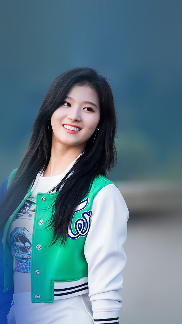 freeios8.com-iphone-4-5-6-plus-ipad-ios8-hr43-sana-girl-twice-blue-summer